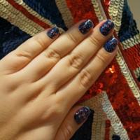 Unhas da Semana: British Glitter!
